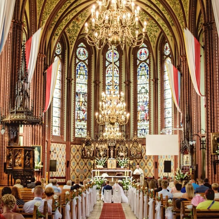 Organizacja ślubu i wesela przez Parę Młodą